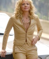 Kim Cattrall is Still SMOKIN
