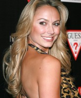 Stacy Keibler Lights Up the Red Carpet