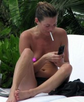 Kate Moss Topless Pictures