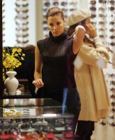 Eva Longoria Shopping
