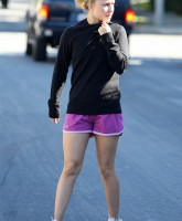 Hayden Panettiere Ultra Body Fitness Gym 5.jpg