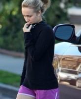 Hayden Panettiere Ultra Body Fitness Gym 7.jpg