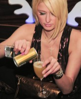 Paris Hilton Pole Dancing 4.jpg