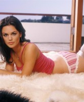 Rachel Bilson too Hot to Handle