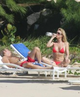 Nicollette Sheridan does Baywatch!