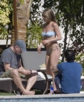 Jennifer Aniston Bikini 6.jpg