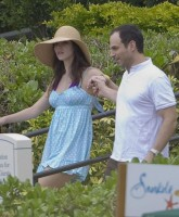 Katharine McPhee sizzles in Hawaii