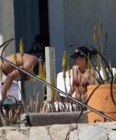 Eva Longoria tans her Hot Ass in Mexico