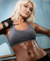 Brooke Hogan abs