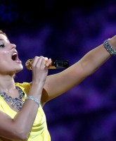 Nelly Furtado performing