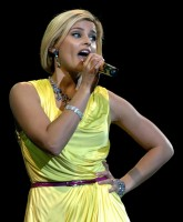 Nelly Furtado 9.jpg