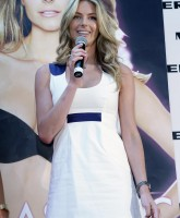 Jennifer Hawkins launches Lovables lingerie.