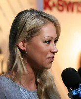 Anna Kournikova all smiles at K Swiss