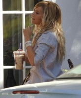 Ashley Tisdale 9.jpg