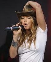 Fergie the Cowgirl Romps with Mic