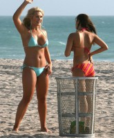 Brooke Hogan at th beach