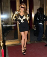 sexily dressed Mariah Carey