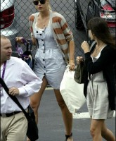 Maria Sharapova has short dress