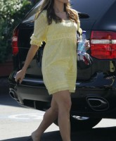 Eva Mendes in yellow dress