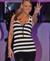 Mariah Carey Still Smokin the Stage!