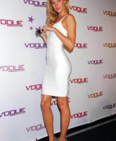 Gisele Bundchen slinky, tighty