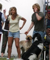 Jennifer Aniston has dogs