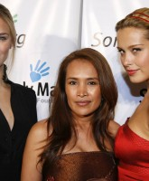 Petra Nemcova & Bar Rafaeli show their Evening Dresses