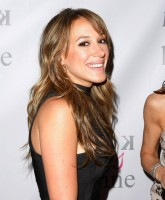 Haylie Duff and her yellow shoes