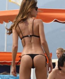 Sexy Ass Shots Of Belen Rodriguez