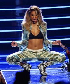 Ciara Shows Off Her Killer Body
