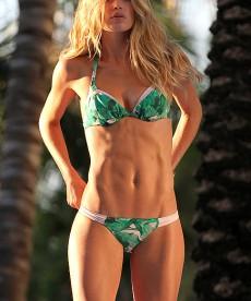 Oh Doutzen Kroes, You Phenomenal Bikini Babe!