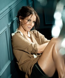 Evangeline Lilly Is A Messy Kind Of Sexy