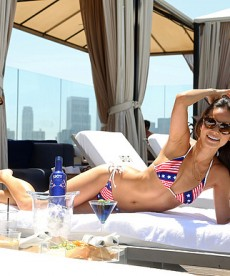 Jamie Chung Poses For A Sexy Bikini Photoshoot