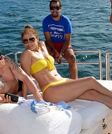 Sexy Bikini Pics Of Jennifer Lopez In Rio De Janeiro