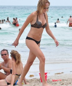 Malin Akerman In Miami