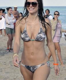 Bikini Clad Maria Menounos Plays Ball On The Beach