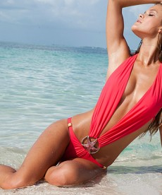 Gorgeous Nina Agdal Swimwear Photo Shoot