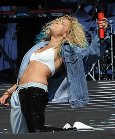 Rita Ora Is One Heck Of A Performer