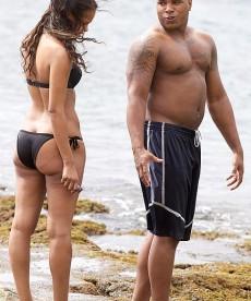 Sexy Samantha Mumba On Vacation In Hawaii
