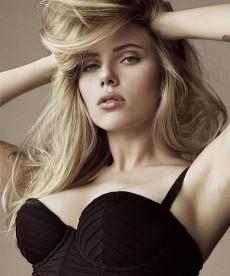 Scarlett Johansson Is Such A Freaking Babe